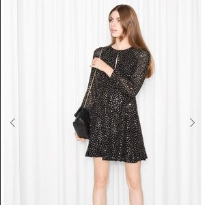 ✨& Other Stories black long-sleeve sequined dress